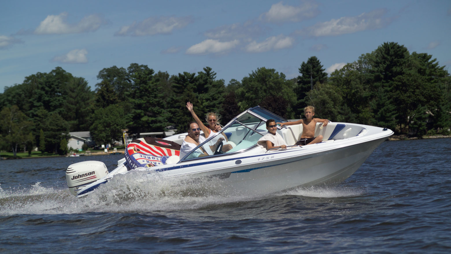 dells boat rental and marina